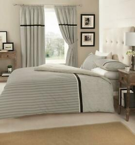 Stylish 4 PC Complete Set Duvet Cover Fitted Sheet And Matching Pillow Cases