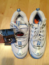 Heelys skate shoes. ~Brand New~ Style number 7091 (size USA 7 EUR 38)