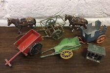 VINTAGE Farm-Piombo & CAST METAL 7 Horse & VARI carrelli-DA COLLEZIONE/Prop/old toy