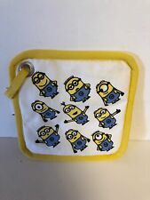 Universal Studios Despicable Me Minions Yellow Pot Holder New with Tags