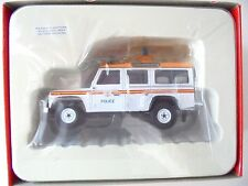 "1/43 . LAND ROVER 110 Traffic "" Police ""   CORGI"