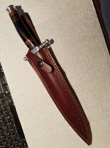 Dagger with leather sheath