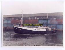 "tr474 - UK Fishing Trawler - Fidelis II FR319 - photo 8"" x 6"""