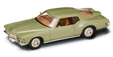 GREEN 1971 BUICK RIVIERA 1:43 ROAD SIGNATURE LUCKY DIECAST YATMING
