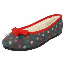 42 Pantofole da donna bianchi