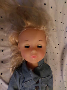 """Uneeda Doll Moving Legs Arms Head Baby Doll Plastic 19"""" Toy"""