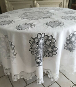 EXQUISITE VINTAGE LACE White COTTON ROUND TABLECLOTH HAND WORKED LACE