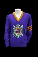 Omega Psi Phi Old School  with Shield VNeck Sweater