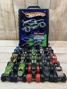 Hot Wheels Monster Jam Team Flag Diecast Trucks Lot Of 15 w/ Grave Digger Case