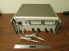 HP Agilent 8405A Vector Voltmeter With Probes