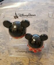 Disney Parks Authentic Micky Minnie Mouse Salt & Pepper Shakers Sealed