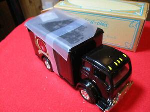 ERTL Collectibles 1949 White 3000 TIlt Cab Truck Bank Ruger Co. Black 50th 1/34