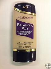 Max Factor Balancing Act Skin Balancing Makeup 35ml/1.2fl Oz Pale Porcelain #1 .