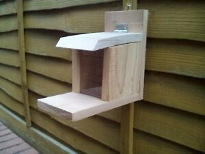 WOODEN SQUIRREL/wildlife feeder HANDMADE with canadian red cedar timber free p/p