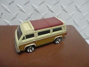 Loose Hot Wheels Yellow VW Sunagon w/Real Riders