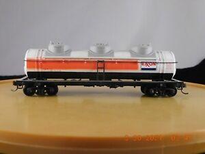 Bachmann HO Scale 3-Dome Tank Car Exxon