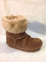 Girls Clarks Brown Suede Boots Size 11G