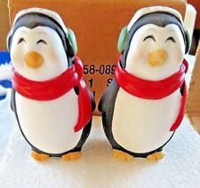 CHRISTMAS:  Salt and Pepper Shakers PENQUINS With Scarf & Earmuffs    NEW (NIB)