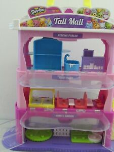 SHOPKINS TALL MALL, SHOPPING BOX AND LARGE QUANTITY OF ACCESSORIES          #ET#