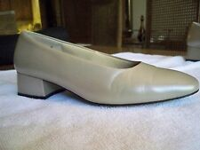 Nordstrom Siena Ladies Leather Shoes Pumps Taupe Size 8.5 Medium