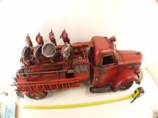 Camion de pompiers projecteur fabrication artisanale longueur totale 80 cm métal