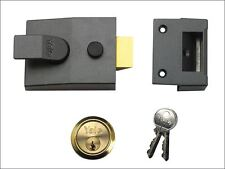 Yale Locks - 89 Deadlock Nightlatch 60mm Backset DMG Finish Box