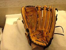 "Mizuno 13.5""  Baseball Softball Glove Victory Premier MMX1350 Right Hand Throw"