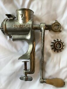 Vintage Universal No 71 Food Meat Grinder Table Mount Hand Crank + Attachments