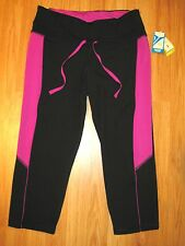 Woman's Active Black/Pink Fitted Spandex Capri Cut Yoga Tights Size Large NWT