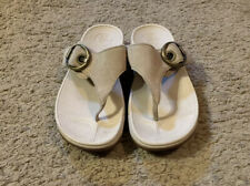 Women's FitFlop Brown Suede Side Buckle Flip Flop Thong Sandals Size 7
