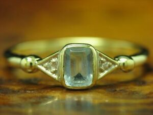 14kt 585 Yellow Gold Ring with Diamond & 0,65ct Synth Aquamarine Trim / 2,4g Rg