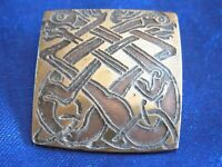 VINTAGE GOLD TONE METAL CELTIC STYLE FOLK ART  SQUARE BROOCH RETRO JEWELLERY