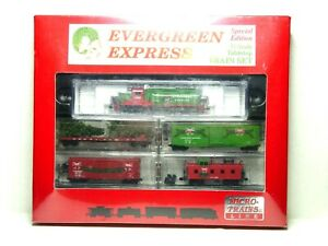 "MICRO-TRAINS N SCALE CHRISTMAS TRAIN SET ""EVERGREEN EXPRESS"""