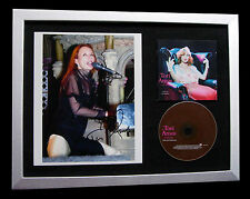 TORI AMOS+SIGNED+FRAMED+PROFESSIONAL WIDOW=100% AUTHENTIC+EXPRESS GLOBAL SHIP