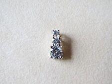 925 Sterling Silver Su Pendant with Three Cz Cubic Zirconia Stones 1.4 Grams