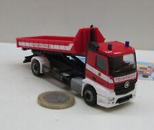 """Herpa 092470  Mercedes-Benz Antos Wechsellader-LKW """"Feuerwehr Neuss"""" (4314)"""