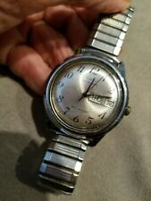VINTAGE TIMEX AUTOMATIC MENS WATCH DATE DAY