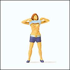 Preiser 1 87 HO Scale Undressing Lady