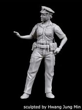 Black Dog 1/35 NYPD Policewoman New York City Police Officer [Resin] F35167