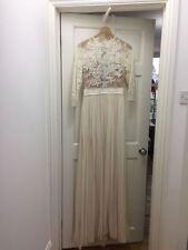Lace Scoop Neck Regular Size 3/4 Sleeve Wedding Dresses