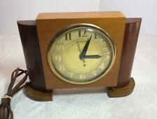 Vintage Wooden United Mantel Clock   Works