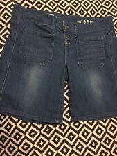 Euc Gap Button Front Denim Bermuda Shorts Size 28/6