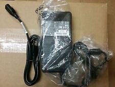 New Genuine HP EliteBook 8740W 8760W 8770W 230W AC Adapter 693714-001 677765-003