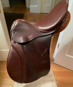 """Stubben Siegfried Close-Contact All-Around English Saddle, 17"""", excellent cond."""