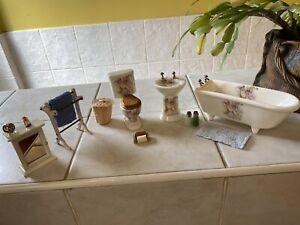 Dolls House Bathroom Set Cherub sink Bath,ToIlet,PlusTowel Rail Cabinet Lot 1.12