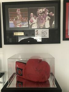 Naseem Hamed Signed Boxing Glove And Signed Framed Picture Memorabilia With COA