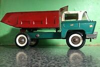 Vintage TRIANG HI WAY TIPPER Truck, needs restoration to shine!! Classic!!