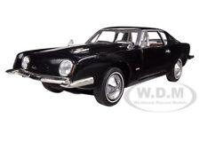 1963 STUDEBAKER AVANTI BLACK 1:32 DIECAST MODEL CAR BY SIGNATURE MODELS 32301