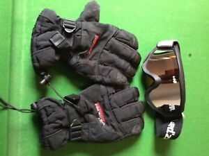 mens ski clothing, coat is large, trousers are medium also ski goggles & gloves