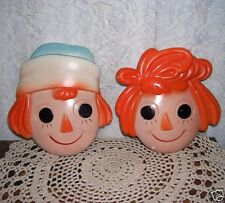 Raggedy Ann and Andy Chalkware wall Hangings